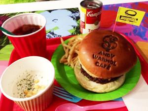 写真:ハンバーガー